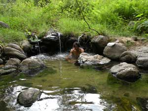パーイの国立公園内の露天風呂温泉